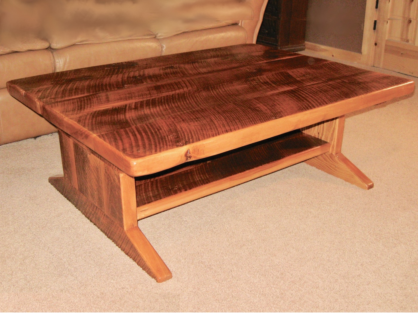Wide barnwood coffee table trail creek shop for Coffee tables 30cm wide